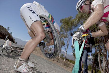 10_MB_Absa_Cape_Epic_2010_2.Tag_Greg_Beadie (jpg)