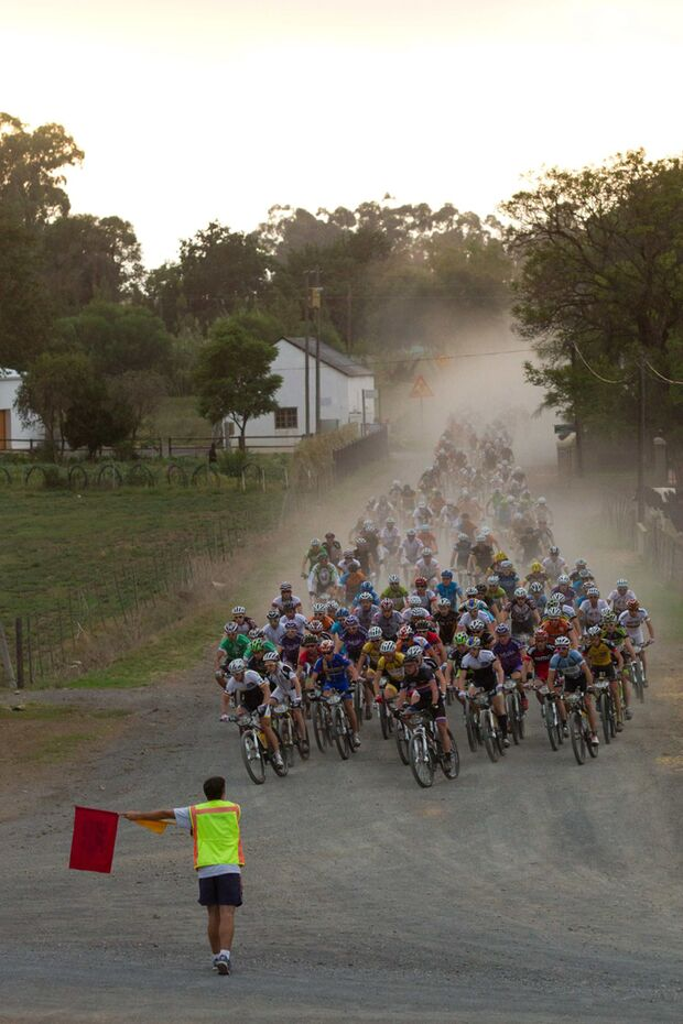 Cape-Epic-2012-ACE2012_Stage1GB-10Greg-Beadle (jpg)