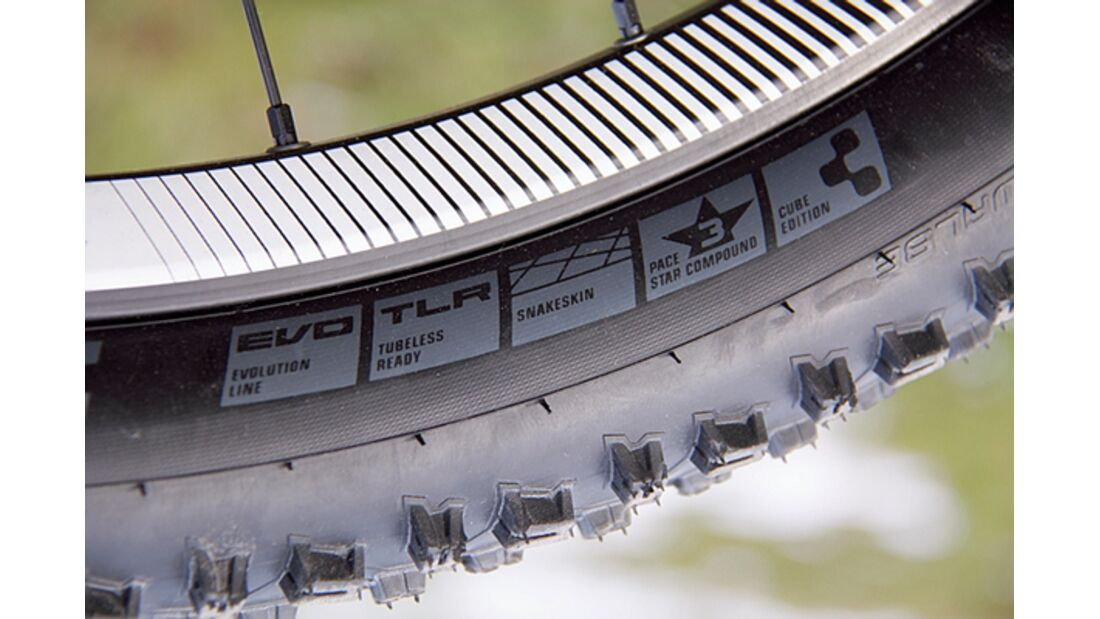 MB 0414 Cube AMS 130 HPA Race 27.5 - Detail