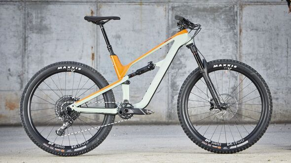 MB 0418 Canyon Spectral
