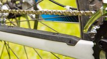 MB-0714-All-Mountains-Test-Bike-Canyon-Spectral-AL-7-0-Detail-Kettenschutz (jpg)