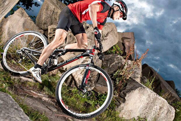 MB-0912-Traumbikes-Rocky_Mountain-Element-999-RSL (jpg)