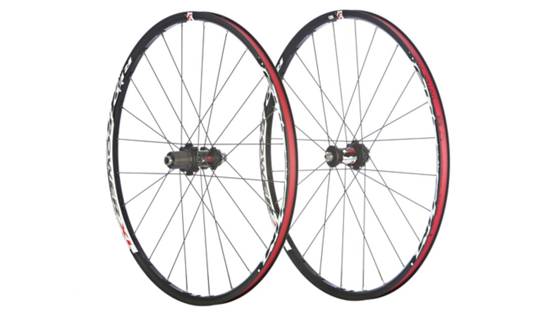 MB 1012 Fulcrum Red Power XL