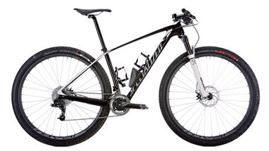 MB 1213 Specialized Stumpjumper HT Mara. Carbon Exp.