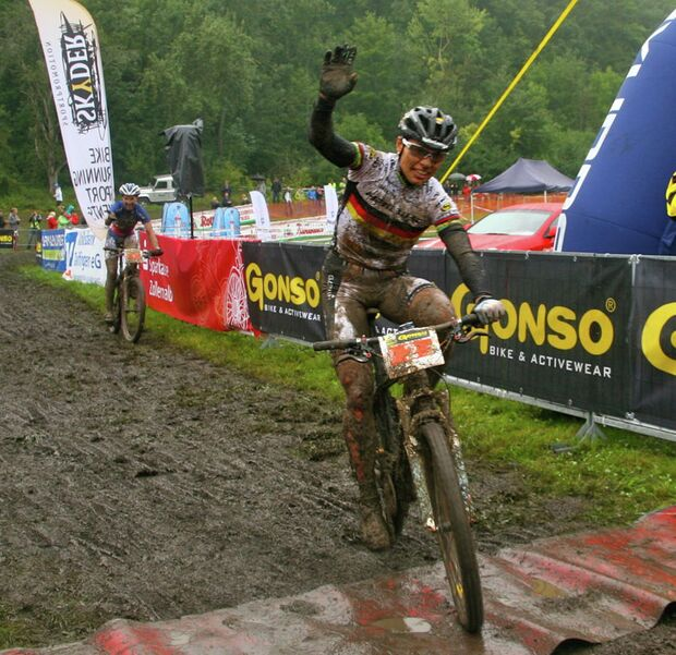 MB-Bundesliga-Albstadt-2012-spitz_ziel_bresset_albstadt_cross-country_by goller (jpg)