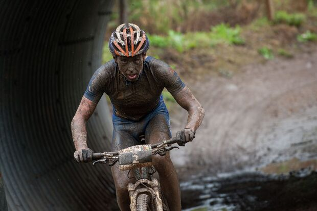 MB-Bundesliga-Saalhausen-2012-120826_ger_saalhausen_xc_men_lindgren_close_by_maasewerd (jpg)