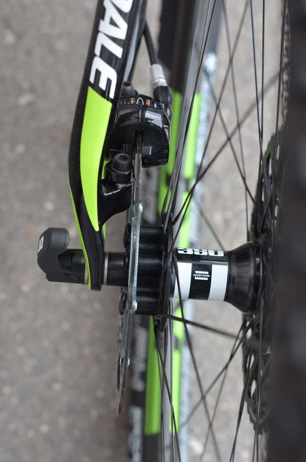 MB-Cannondale-F-Si-2015-005 heck (jpg)
