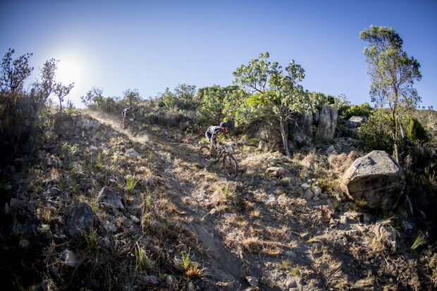 MB-Cape-Epic-2015-Etappe-7-Kaess-downhill