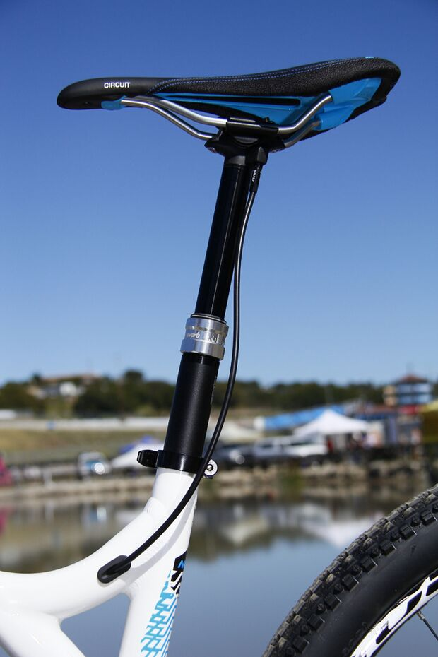 MB-Commencal-Meta-AM29-Sattel-Sea-Otter-2012-AS (jpg)