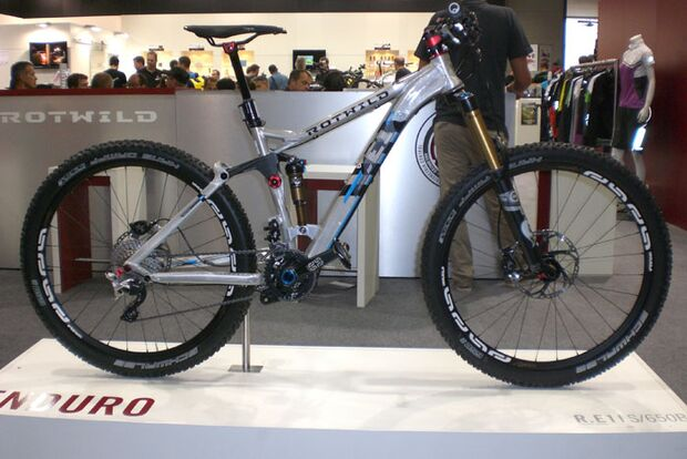 MB-Eurobike-2012-Tag3-2-Rotwild-RE1-650B-044 (jpg)