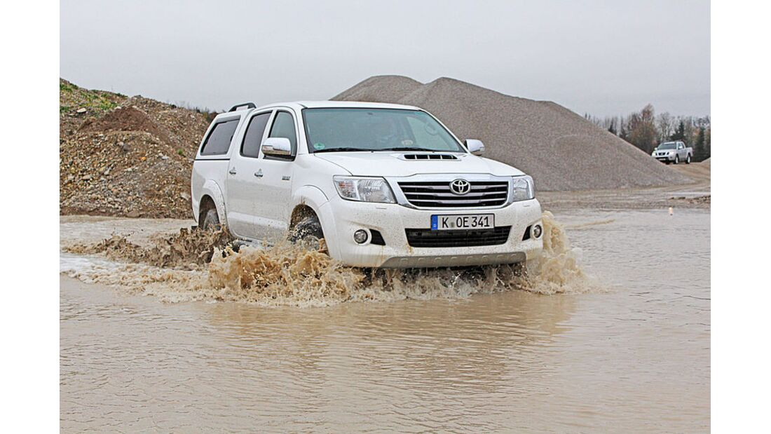 MB-Jeep-Offroad-Special-2014-30-neue-Offroader-37-Toyota-Hilux (jpg)