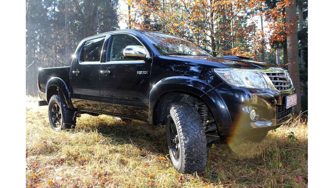 MB-Jeep-Offroad-Special-2014-Pickups-24-Toyota-Hilux (jpg)