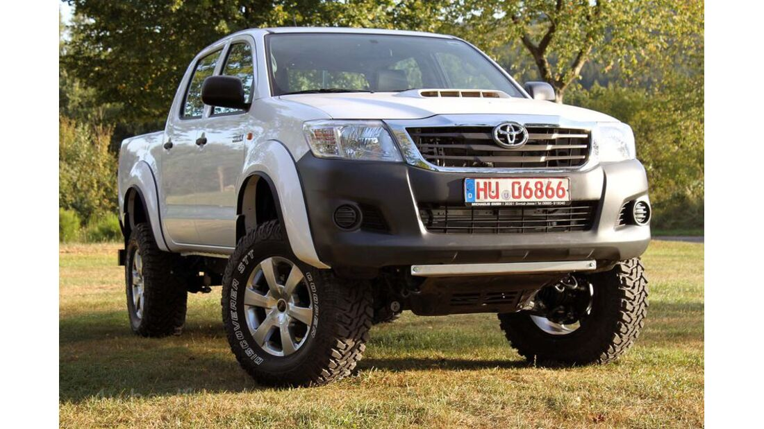 MB-Jeep-Offroad-Special-2014-Pickups-7-Toyota-Hilux (jpg)
