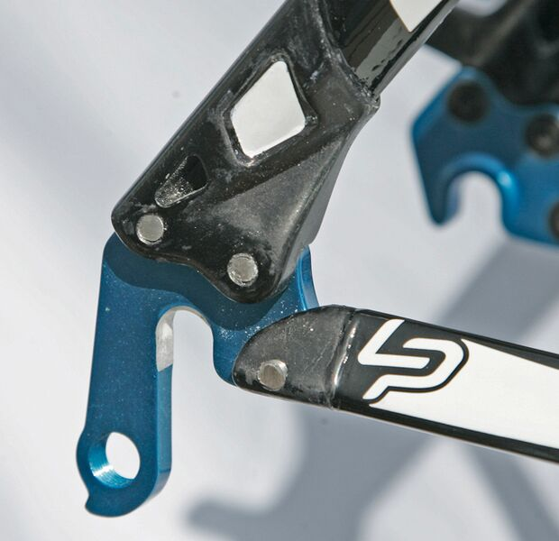 MB_Lapierre-29er-rear-dropout-right-Detail (jpg)