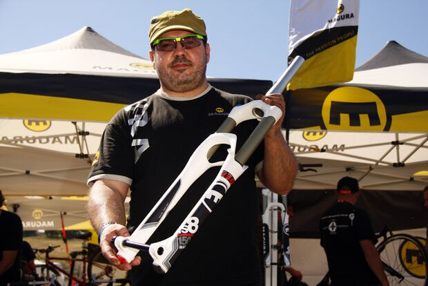 MB-Magura-Team-Suspension-praesentation-Sea-Otter-2012-AS (jpg)