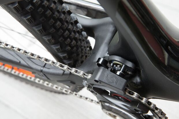 MB-Scott-2015-Genius LT 700 Tuned_Close up Image_2015_BIKE_SCOTT Sports_06 (jpg)