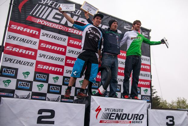 MB-Specialized-Enduro-Series-Winterberg-2012-Siegerehrung-Men (jpg)