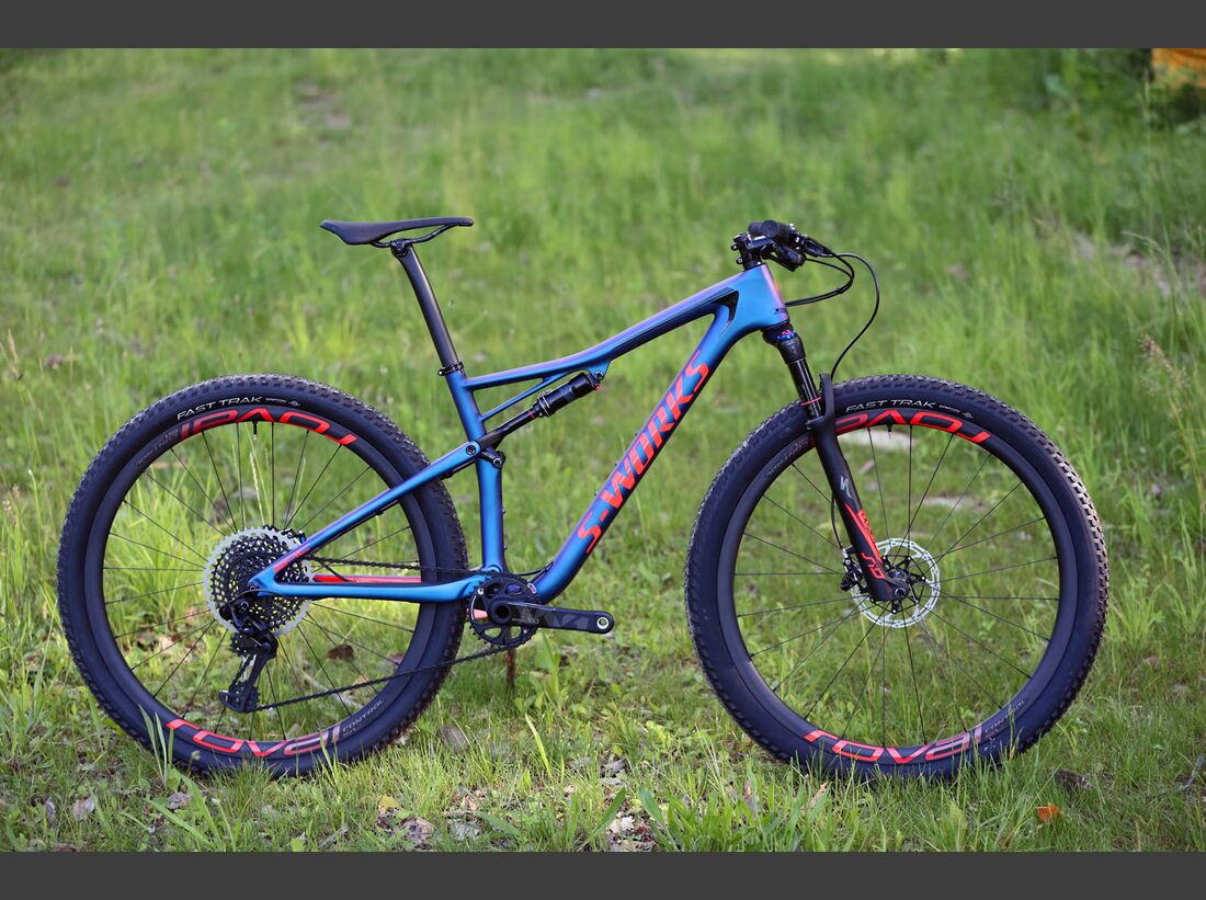 Specialized_Epic_2018_Product0502 (jpg)