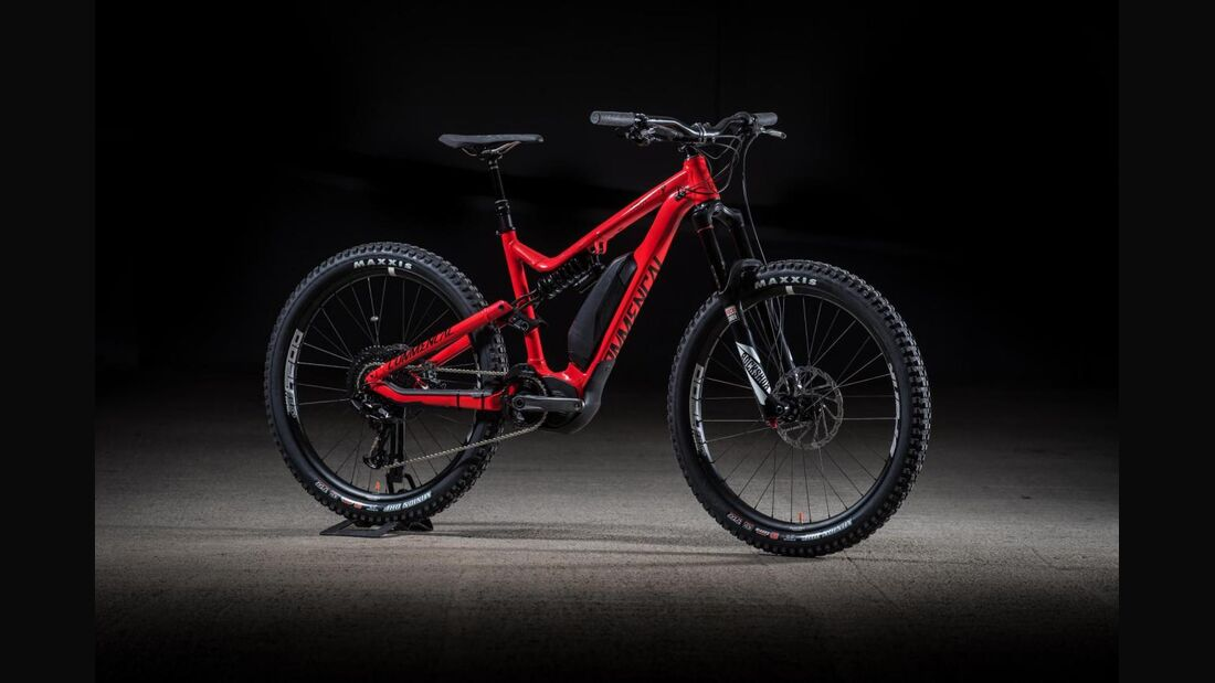 UB-Commencal-Meta Power Red_0001.jpg
