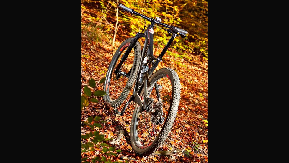 mb-0117-specialized-s-works-camber-fsr-29-benjamin-hahn (jpg)