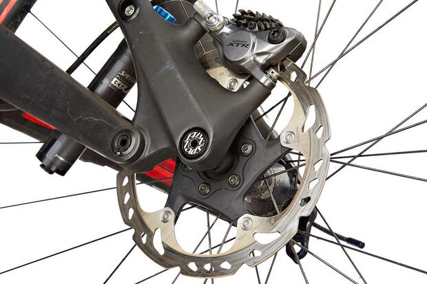 mb-0117-specialized-s-works-camber-fsr-29-detail-2-benjamin-hahn (jpg)