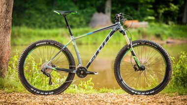 mb-0817-test-trail-hardtails-scott-scale-720-plus (jpg)
