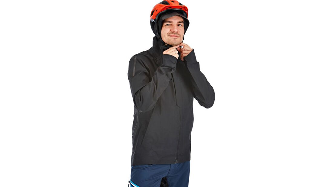 mb-1016-regenjacken-test-gore-bike-wear-one (jpg)