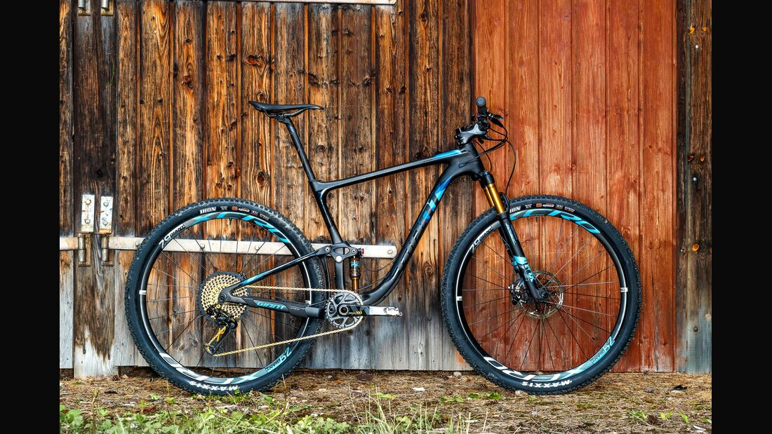 mb-1017-bike-highlights-giant-anthem-advanced-pro-29 (jpg)
