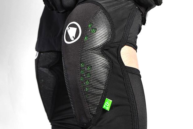 rb-endura-koroyd-MTR-Knee-Guard-03 (jpg)
