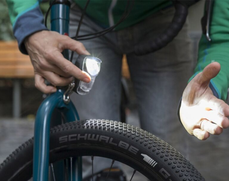 Test: 8 LED Lampen für Mountainbiker mountainbike
